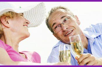 Comprovado: casal que bebe cachaça vive junto por mais tempo!