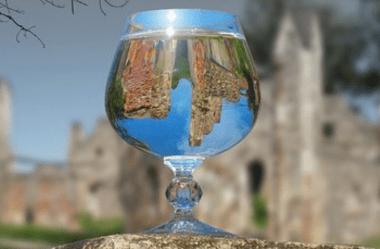 Descubra a poção mágica que virou a bebida de todos os reis!