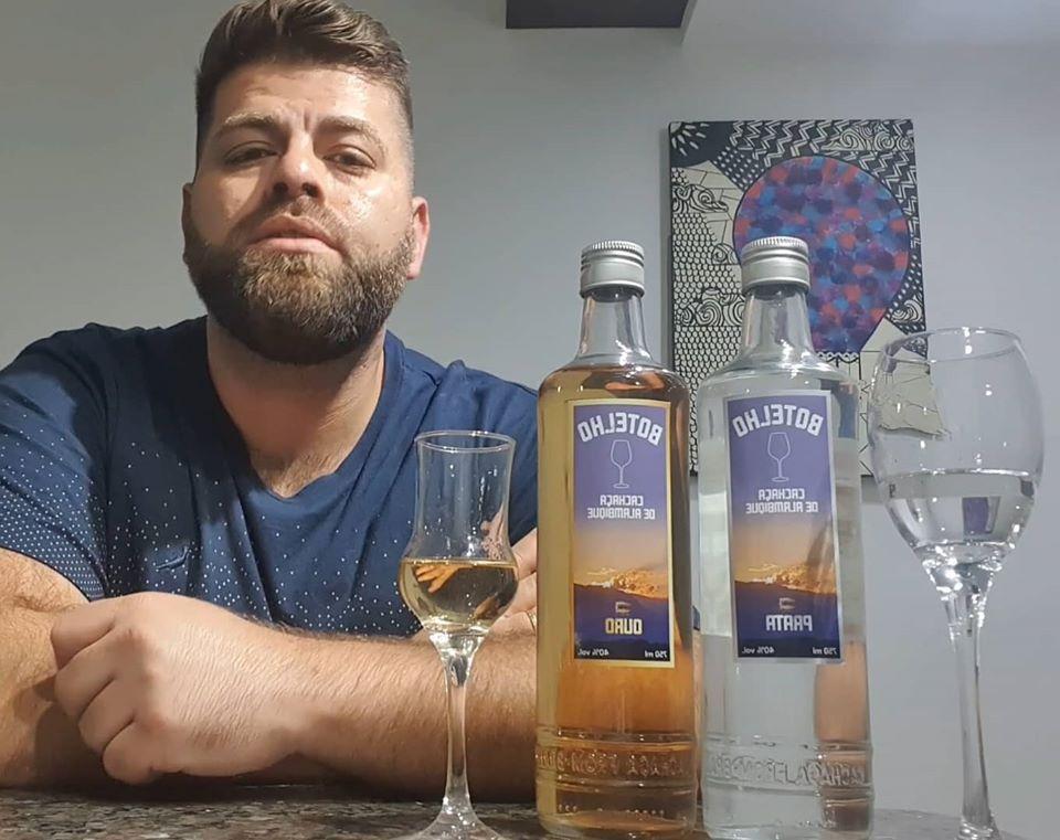 Hugo Botelho investiu em uma marca de bebida destilada, sem ter alambique
