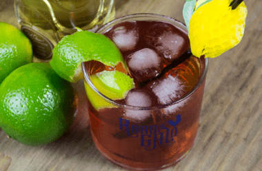O que você deve fazer para beber o melhor Rabo de Galo do mundo?