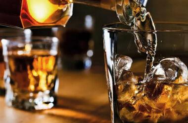 Como criar uma marca de bebida destilada e lucrar com ela!